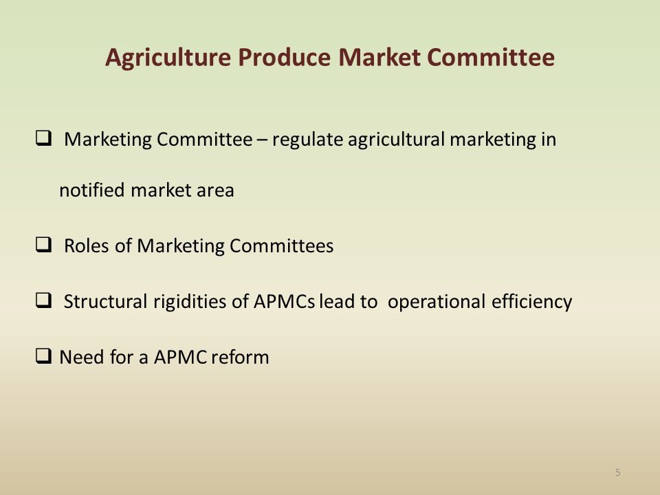 FARMERS Aratdars/Auction Agents/commissi on agents PRODUCE TRADERS Retailers/Whol esalers in the vicinity of the Regulated markets Aratdars in other states / cities/ wholesale markets Consumers in the vicinity of the Regulated markets RETAILERS Consumers in other states/cities 6 Marketing Chain Brokers