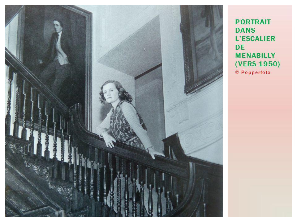 © Popperfoto PORTRAIT DANS LESCALIER DE MENABILLY (VERS 1950)