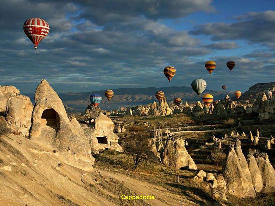 Fotografii preluate de pe Internet Muzica: Beyond The Horizon! by KARUNESH