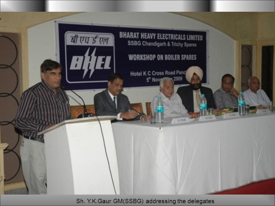 Sh. Y.K.Gaur GM(SSBG) addressing the delegates