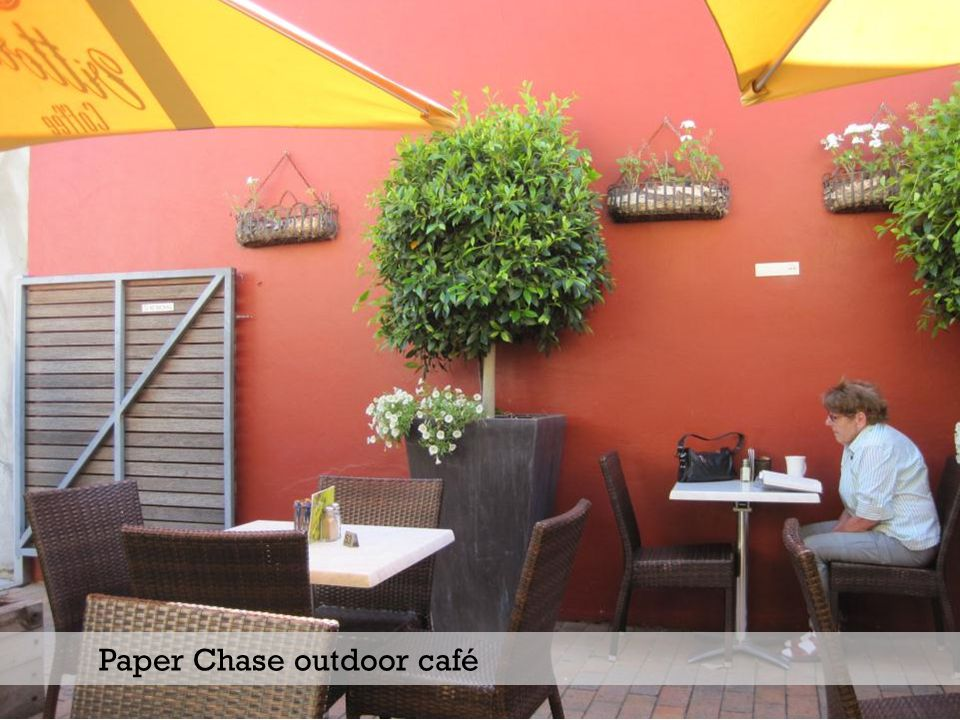 Paper Chase outdoor café