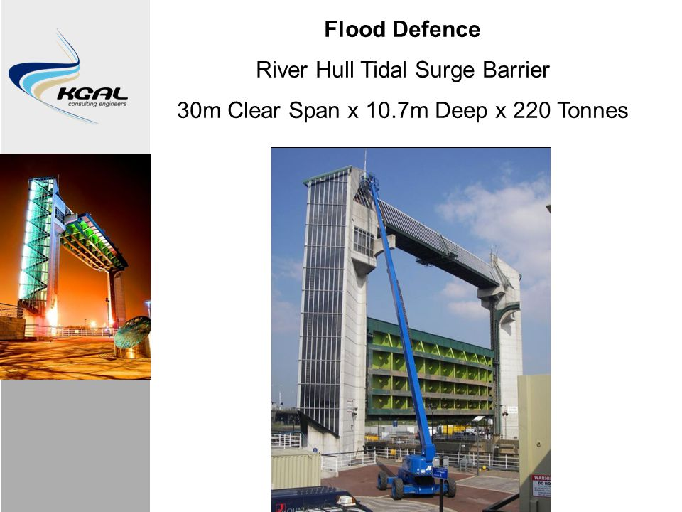 Flood Defence River Hull Tidal Surge Barrier 30m Clear Span x 10.7m Deep x 220 Tonnes