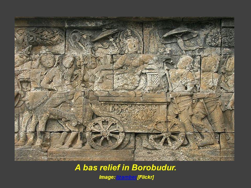 A bas relief in Borobudur. Image: [Picasaweb]
