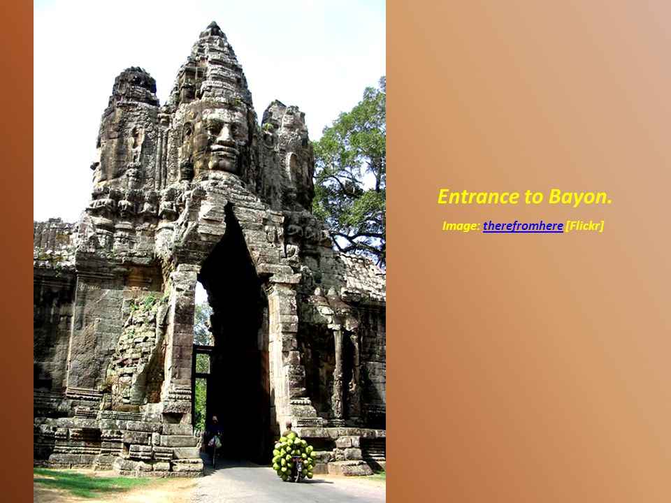 Entrance to Angkor Thom. Image:[Picasaweb]