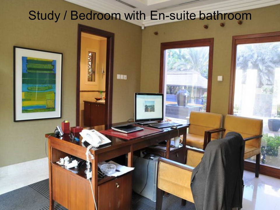 Study / Bedroom with En-suite bathroom
