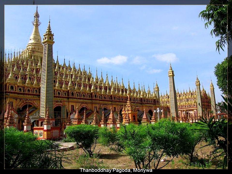 Platform Around the Small Stupas
