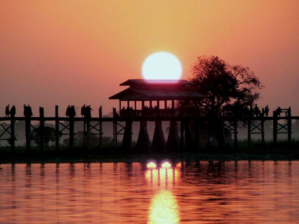 Sunset on Mandalay Hill