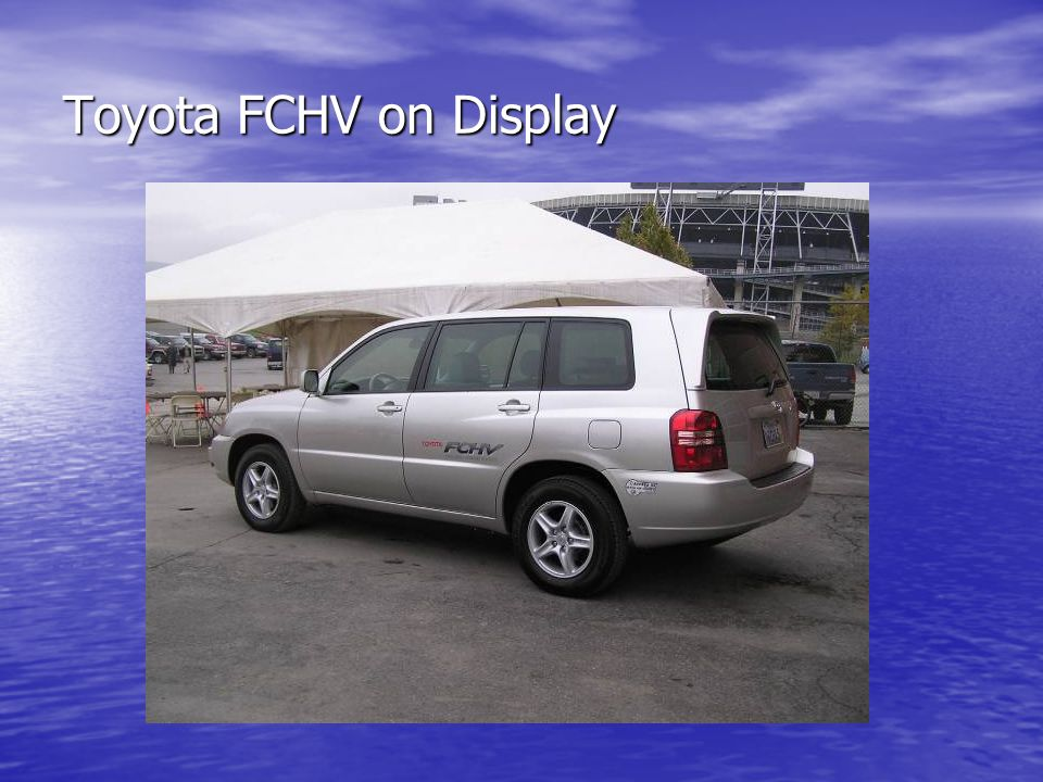 Toyota FCHV on Display