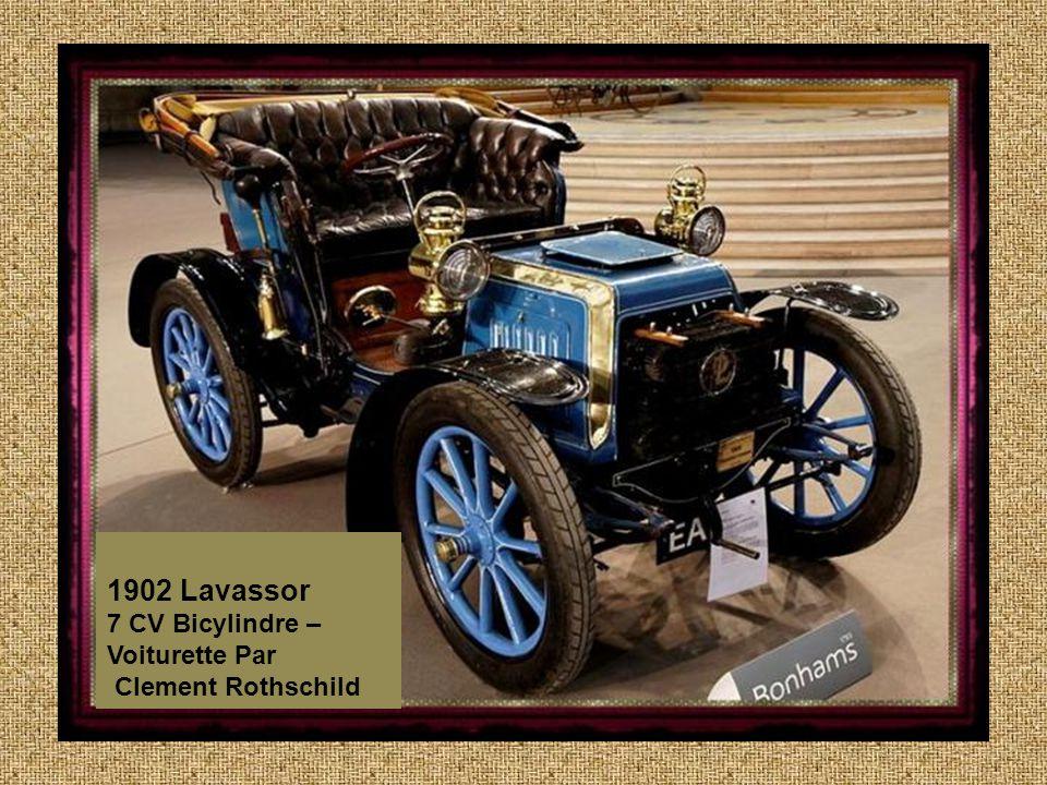 1896 Panhard ET Levassor Wagonette Two Cylinders