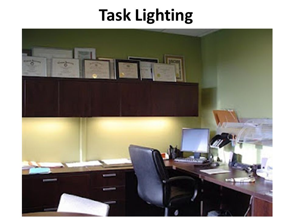 Daylighting Advantages Excellent light source for almost all interior spaces – offices, homes, retail, schools and more; People prefer it.