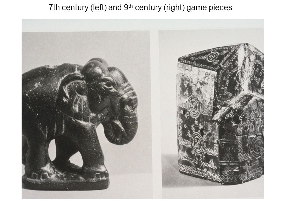 7th century (left) and 9 th century (right) game pieces
