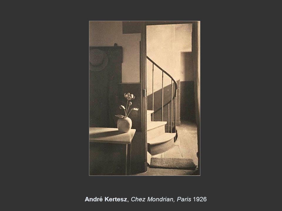 André Kertesz, Chez Mondrian, Paris 1926