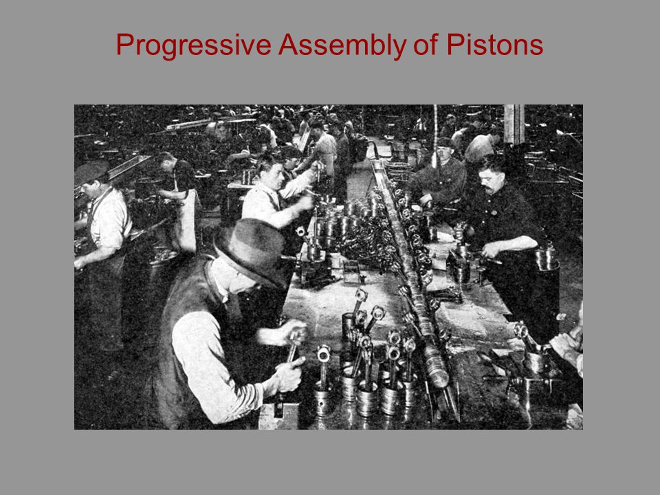 Progressive Assembly of Pistons