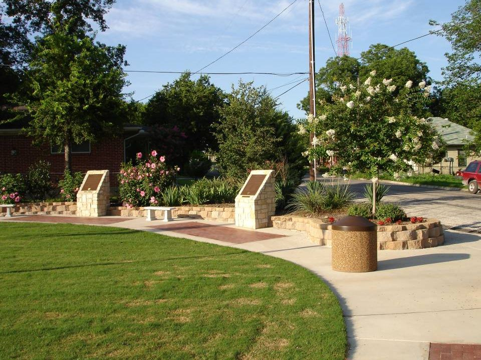 OUR TRIBUTE TO THOSE MAJOR CONTRIBUTORS WHO MADE THIS PARK POSSIBLE