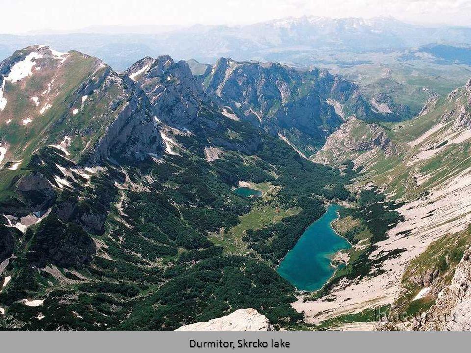 Bobotov Kuk (2522 m)