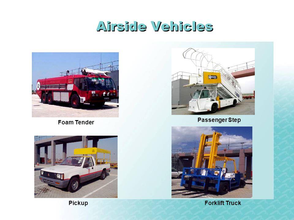 Airside Vehicles Foam Tender Passenger Step PickupForklift Truck