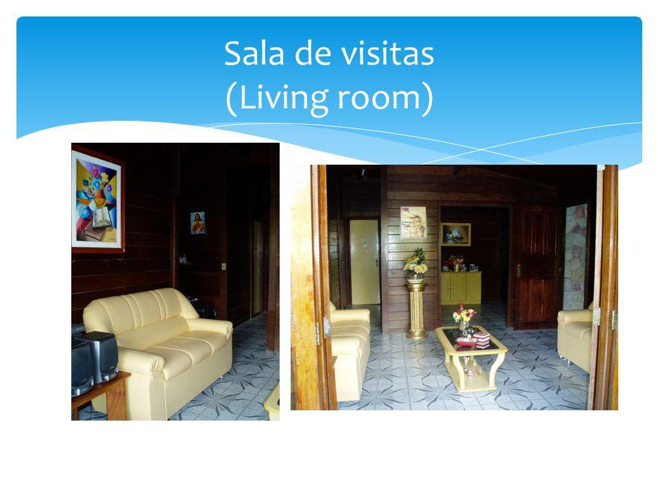 Sala de visitas (Living room)