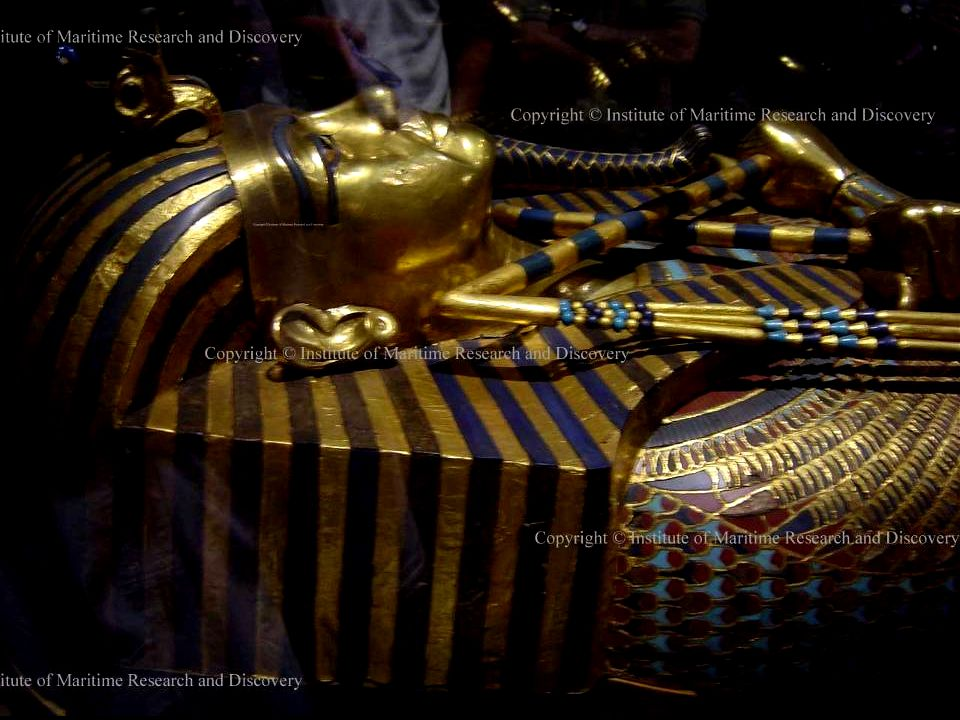 INNER SARCOPHAGUS – SOLID GOLD & LAPIS-LAZULI