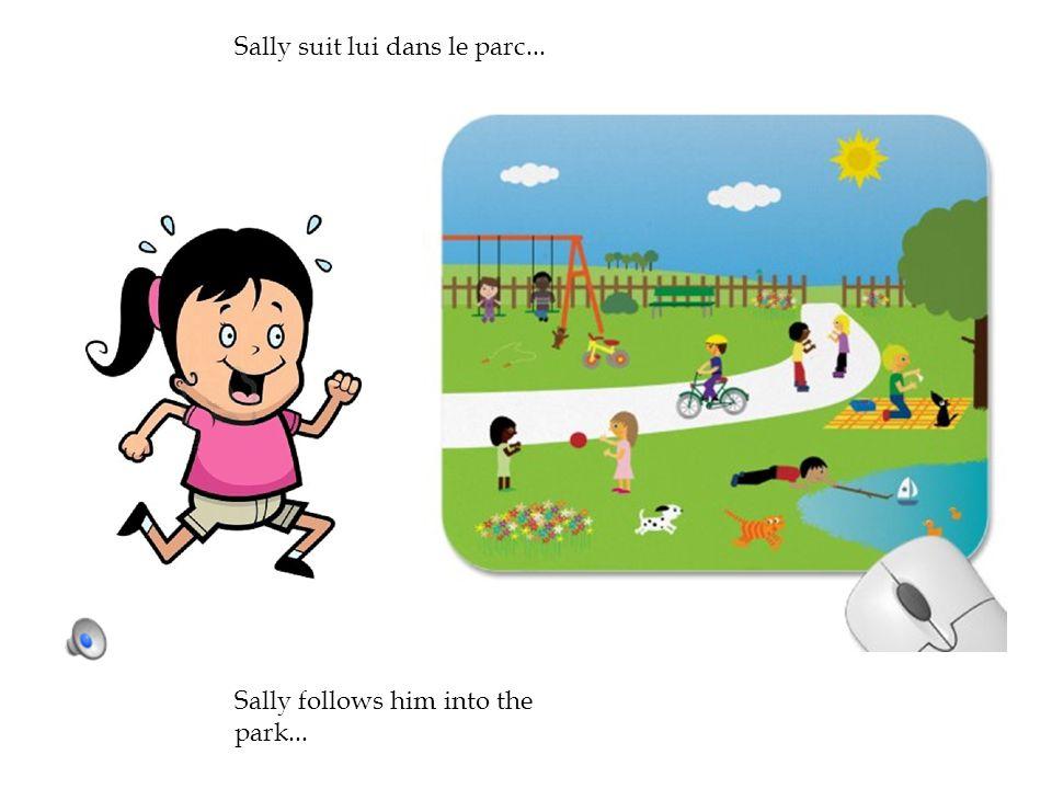 Sally suivre petit garçon dans parc et attirail lui. She tackles him and he falls