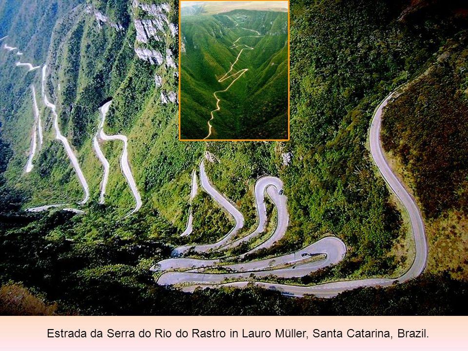 Estrada da Serra do Rio do Rastro in Lauro Müller, Santa Catarina, Brazil.