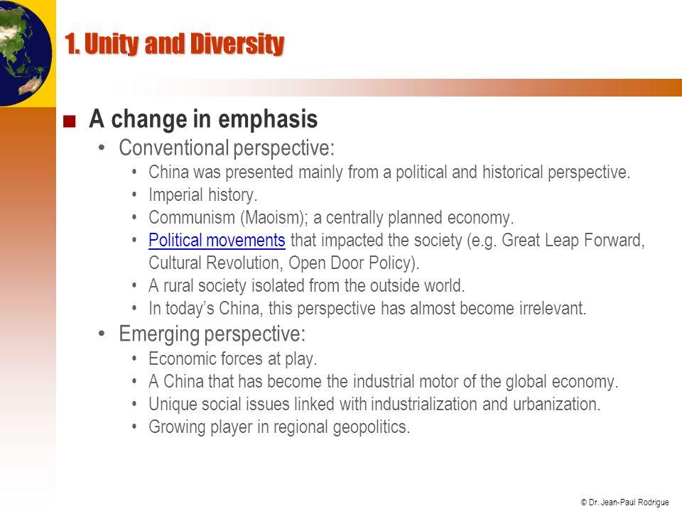 © Dr.Jean-Paul Rodrigue 2. Chinese Demographics Demographics...