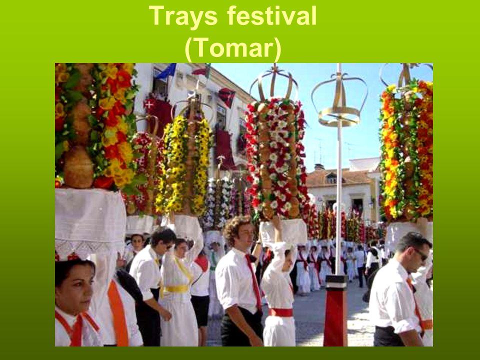 Trays festival (Tomar)