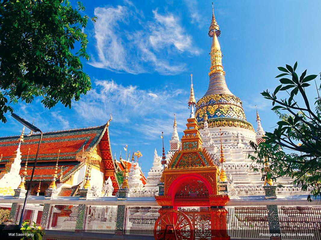 Wat Phrathat Doi SuthepPhotography by Suvin Vajrashira