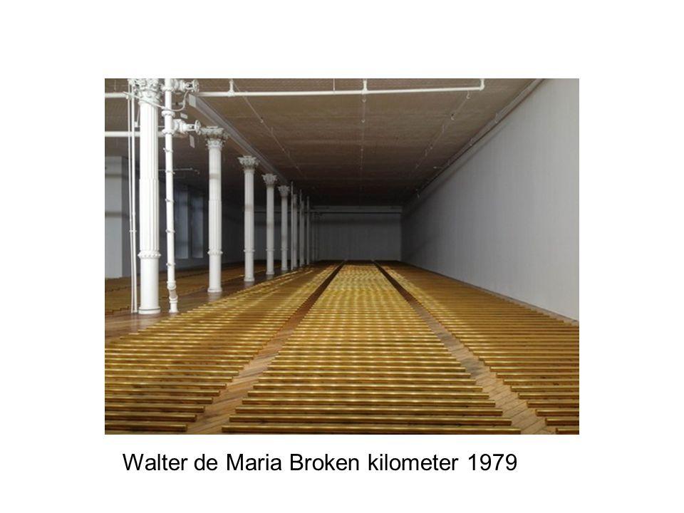 Walter de Maria Broken kilometer 1979
