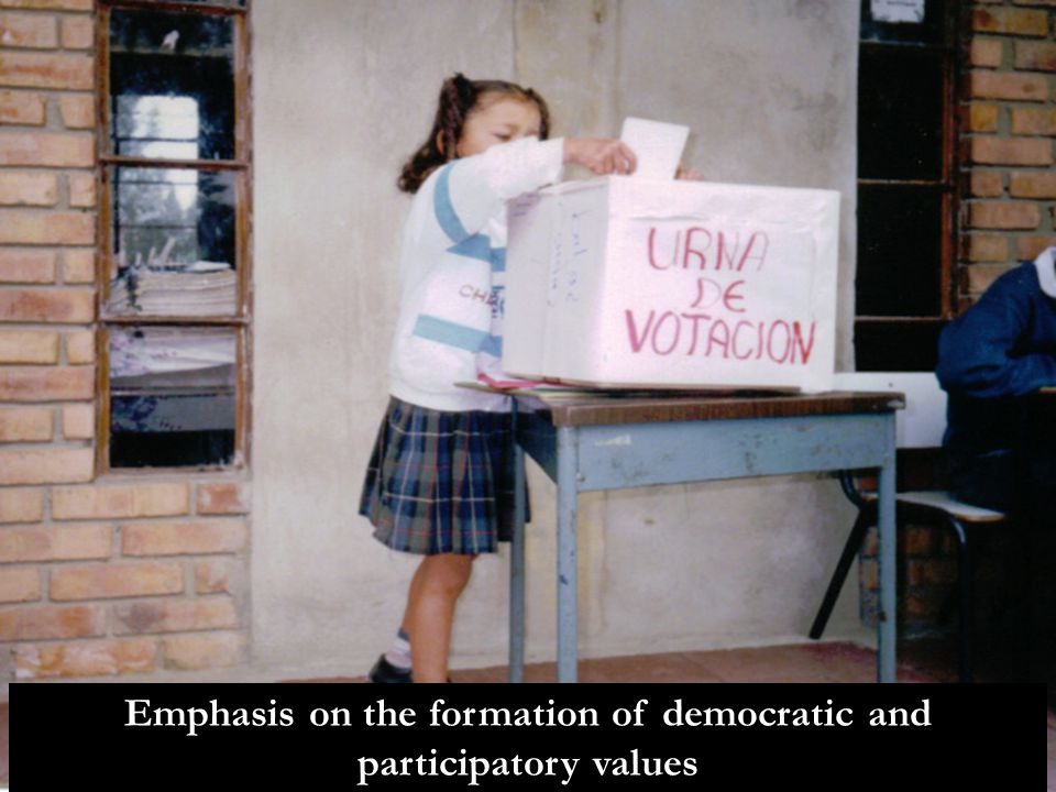 Emphasis on the formation of democratic and participatory values
