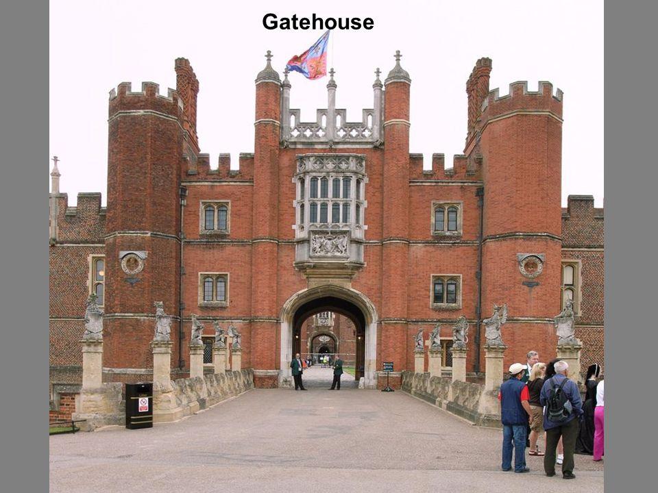 Harbour of the palace – A palota kikötője