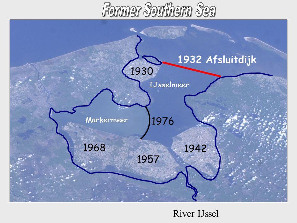 River IJssel 1932 Afsluitdijk 1942 1957 1968 1976 1930 IJsselmeer Markermeer