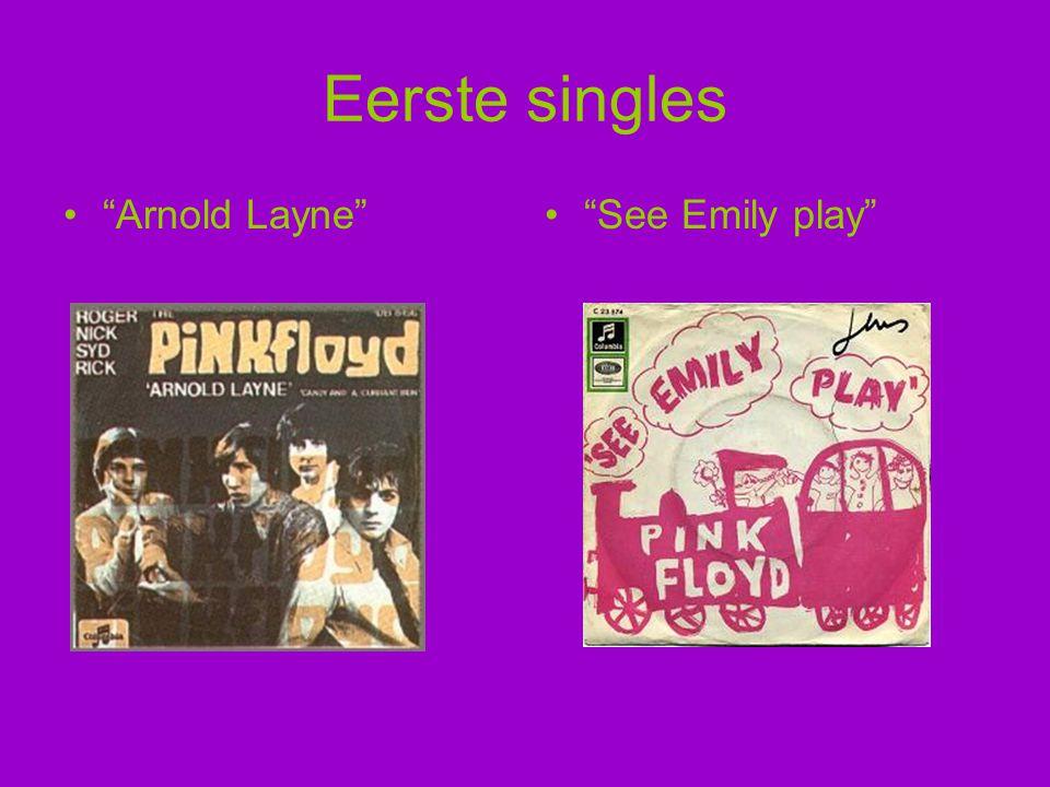 """Eerste singles """"Arnold Layne""""""""See Emily play"""""""
