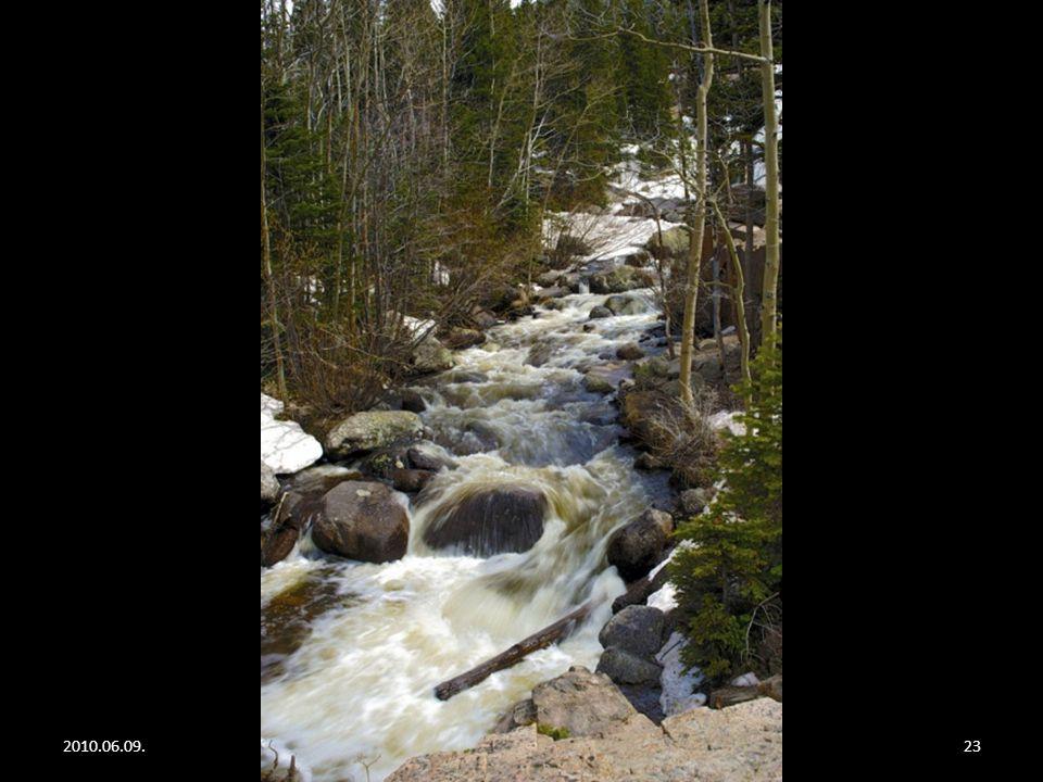 2010.06.09.Rocky Mountain22 Alberta falls