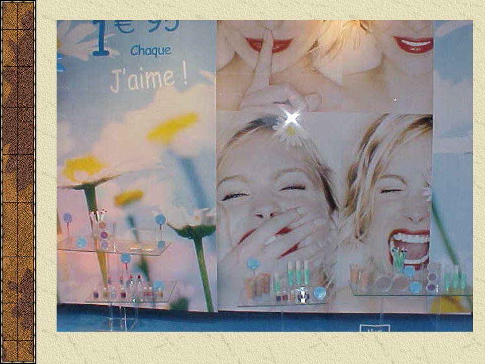 …are life-enhancing experiences. - ACTFL Artist's stalls, Montmarte, Paris