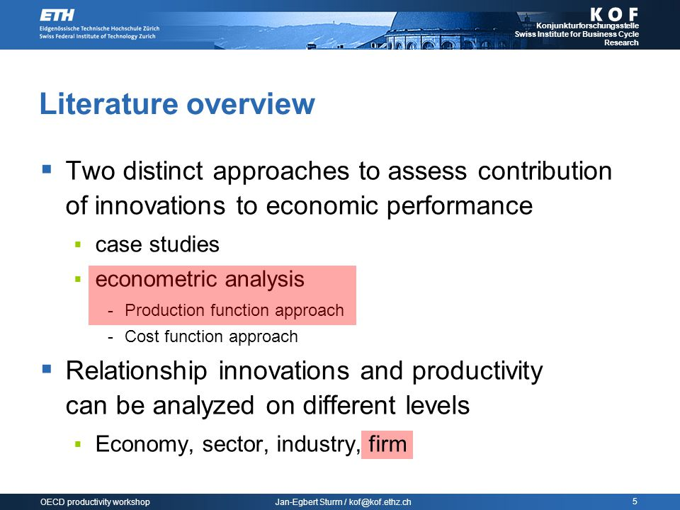 Jan-Egbert Sturm / kof@kof.ethz.ch Konjunkturforschungsstelle Swiss Institute for Business Cycle Research 6 OECD productivity workshop Literature overview  Reference studies are characterized by the fact that they  Concentrate on productivity at the firm level  Use micro data from Community Innovation Surveys (CIS)  Examples  Crépon et al.