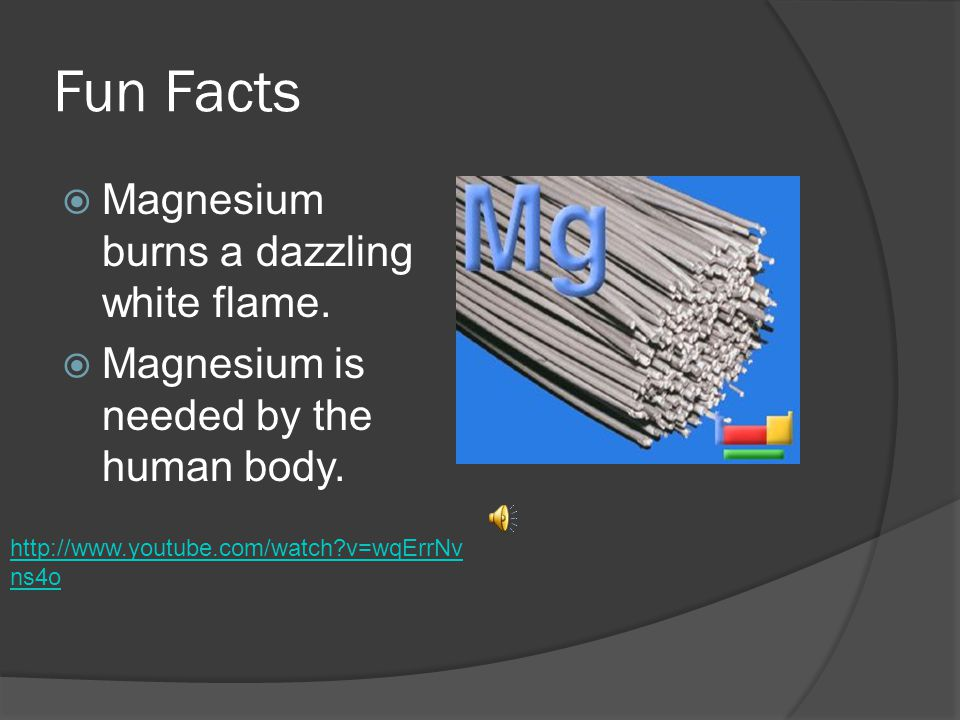 Reactivity Of Magnesium  Magnesium tarnishes slightly in air.  Magnesium also ignites upon heat.