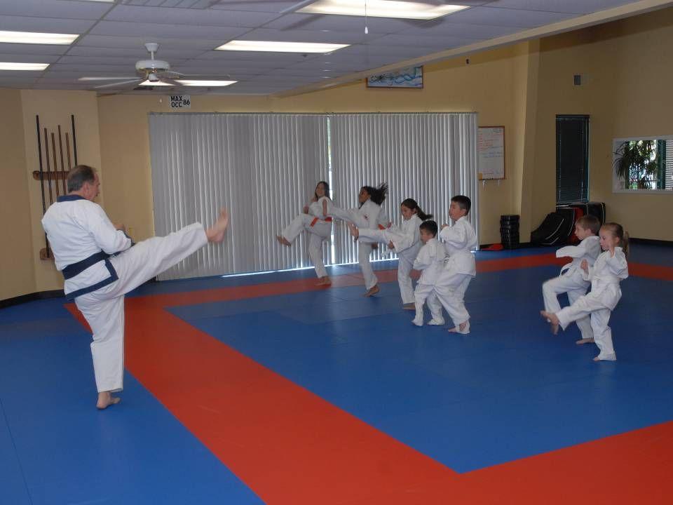 Kids class – front kicks