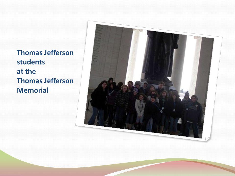 Thomas Jefferson students at the Thomas Jefferson Memorial