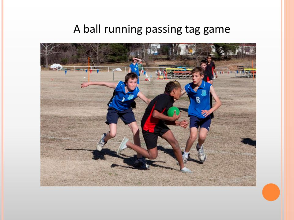 A ball running passing tag game