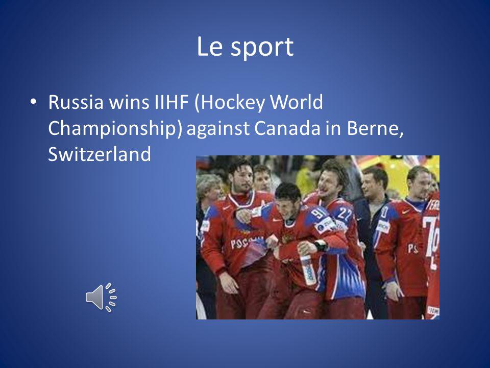 Le sport Russia wins IIHF (Hockey World Championship) against Canada in Berne, Switzerland