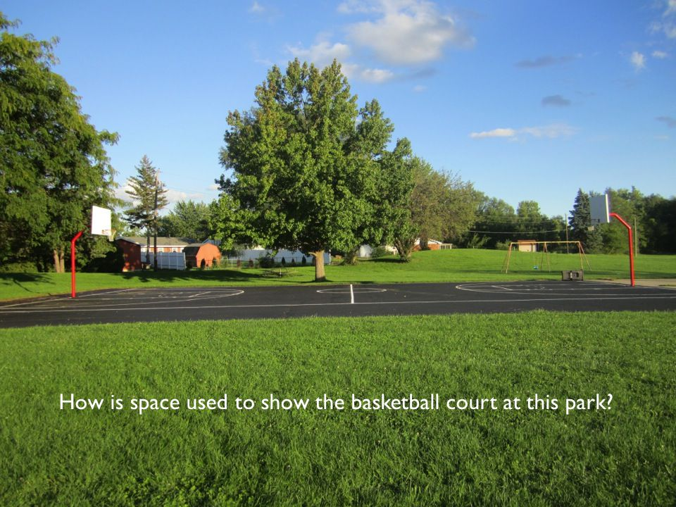 How is space used to show the basketball court at this park?