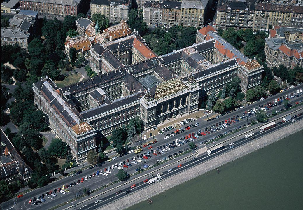 P.Moson, BME, Hungary 17