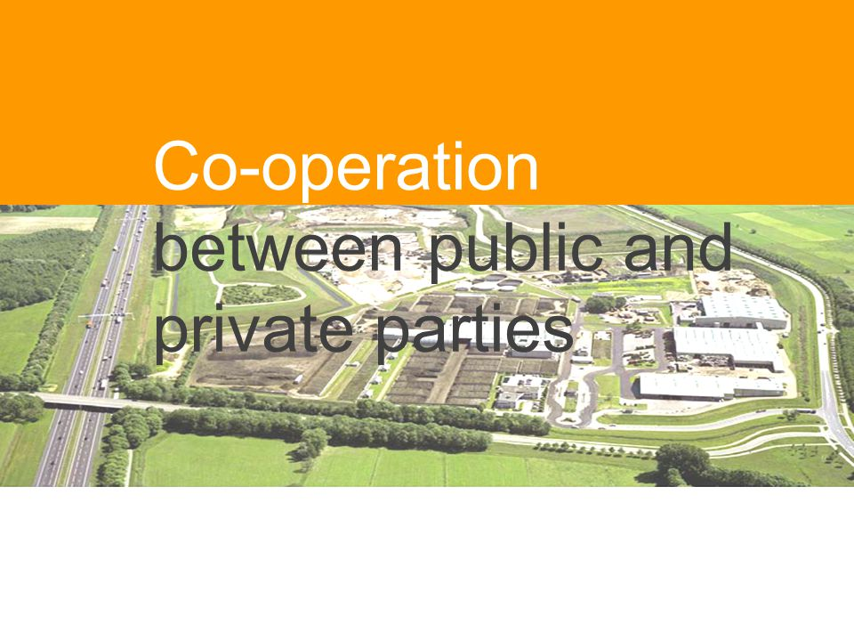 Co-operation between public and private parties