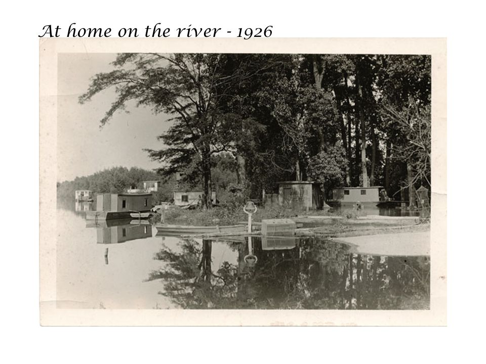 At home on the river - 1926