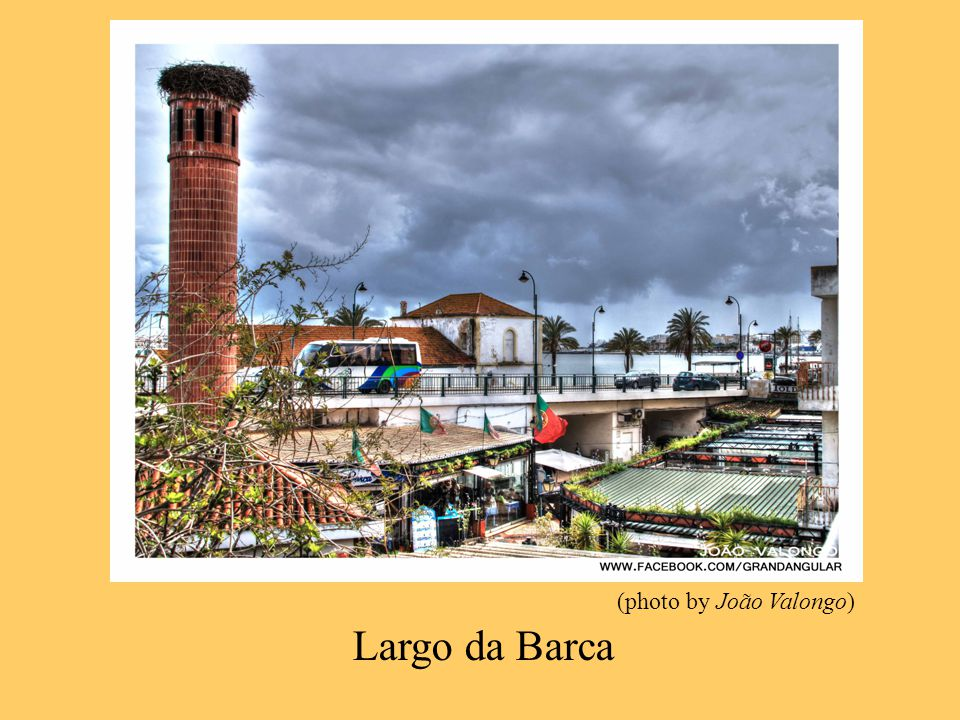 Largo da Barca (photo by João Valongo)