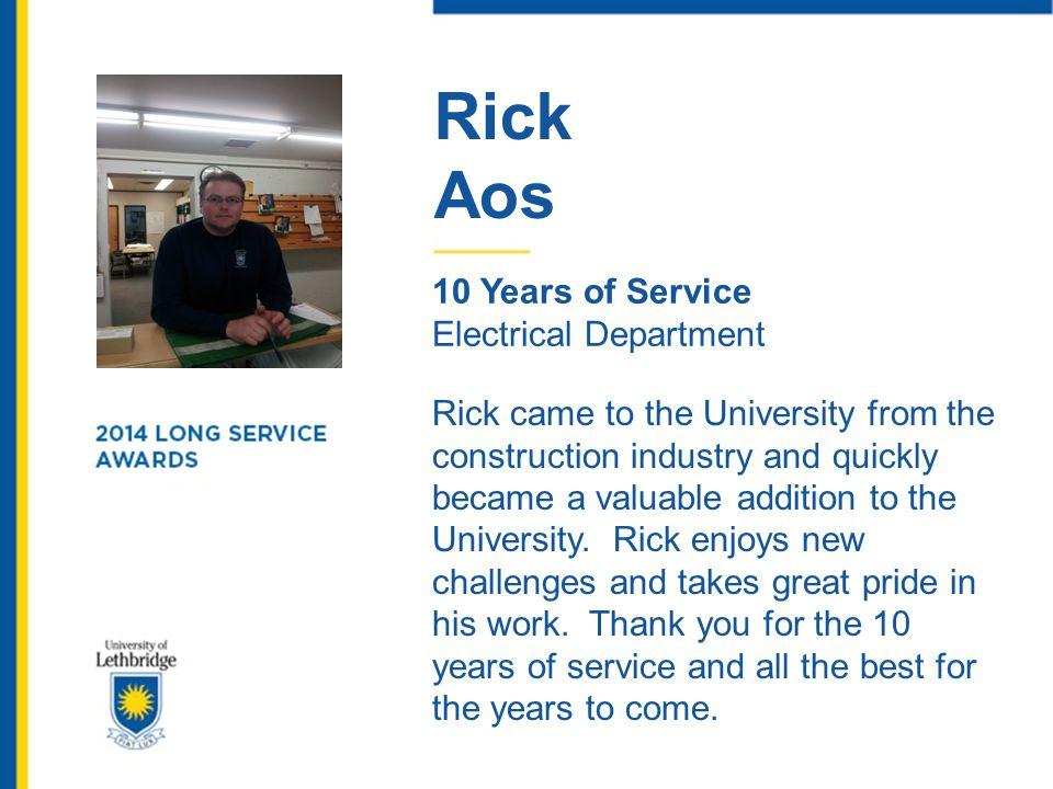 Doris Kostiuk 35 Years of Service University Library Doris began her career at the U of L in 1978 as Secretary to the University Librarian, Richard Burkett.