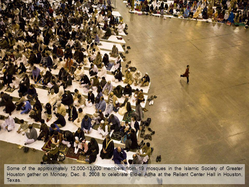 Some of the approximately 12,000-13,000 members from 19 mosques in the Islamic Society of Greater Houston gather on Monday, Dec. 8, 2008 to celebrate