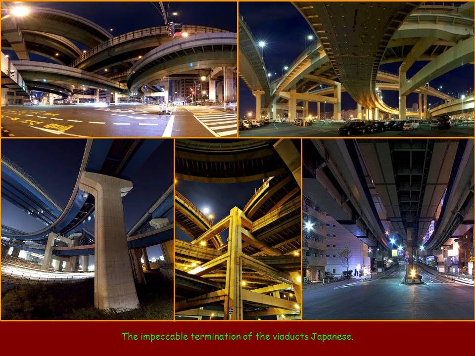 Interchange Juiz Harry Pregerson, including Interstates I-105 and I-110, Los Angeles.
