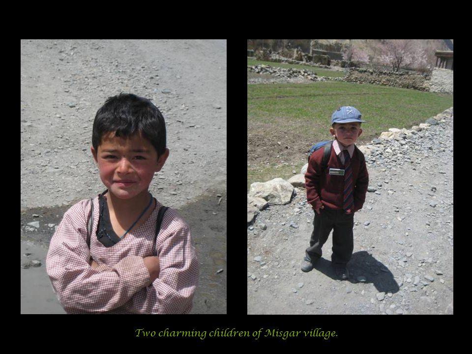 Two charming children of Misgar village.