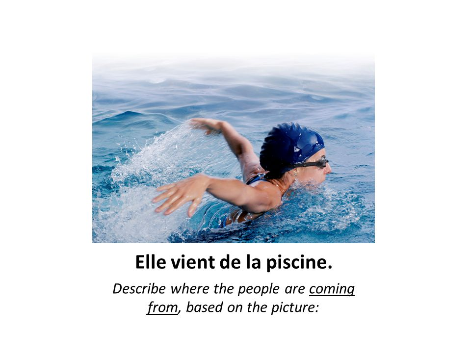 Elle vient de la piscine. Describe where the people are coming from, based on the picture:
